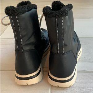 Merona Shoes - Merona lined hiking/snow boots size 8